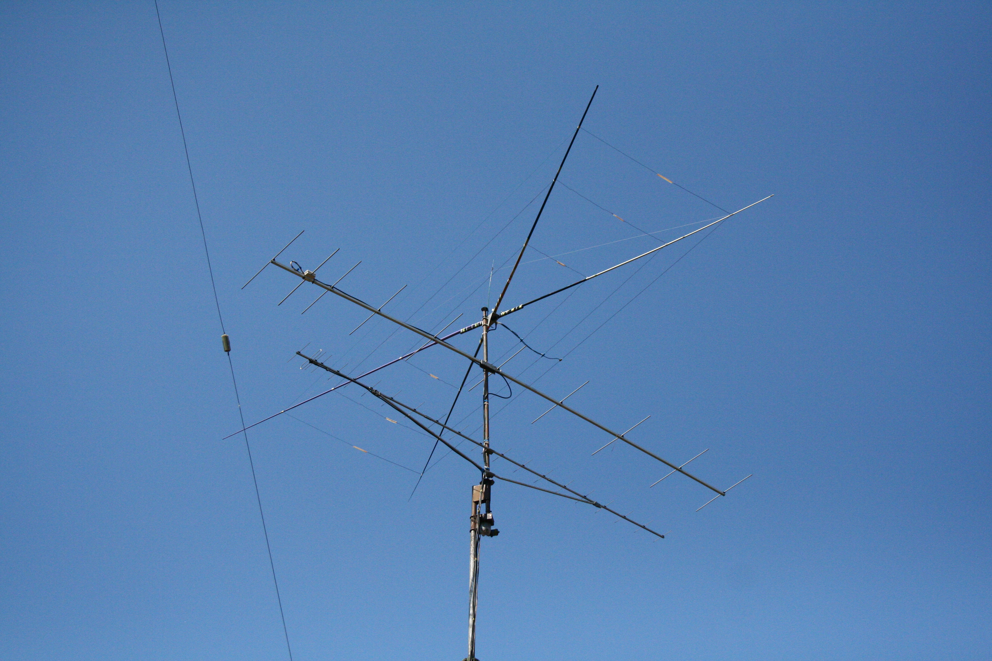 Moxon wire beam in test at HA8AR